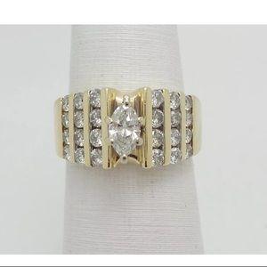 Beautiful 1.25 carat 14k yellow gold diamond ring